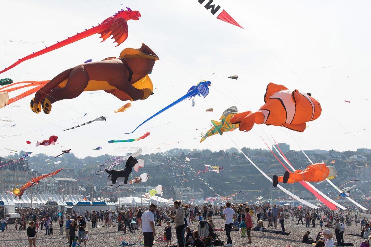 Cerfs-volants sur la plages de Dieppe