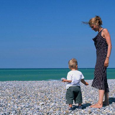 Conseils d'un papa avant de partir en vacances avec bébé en Normandie
