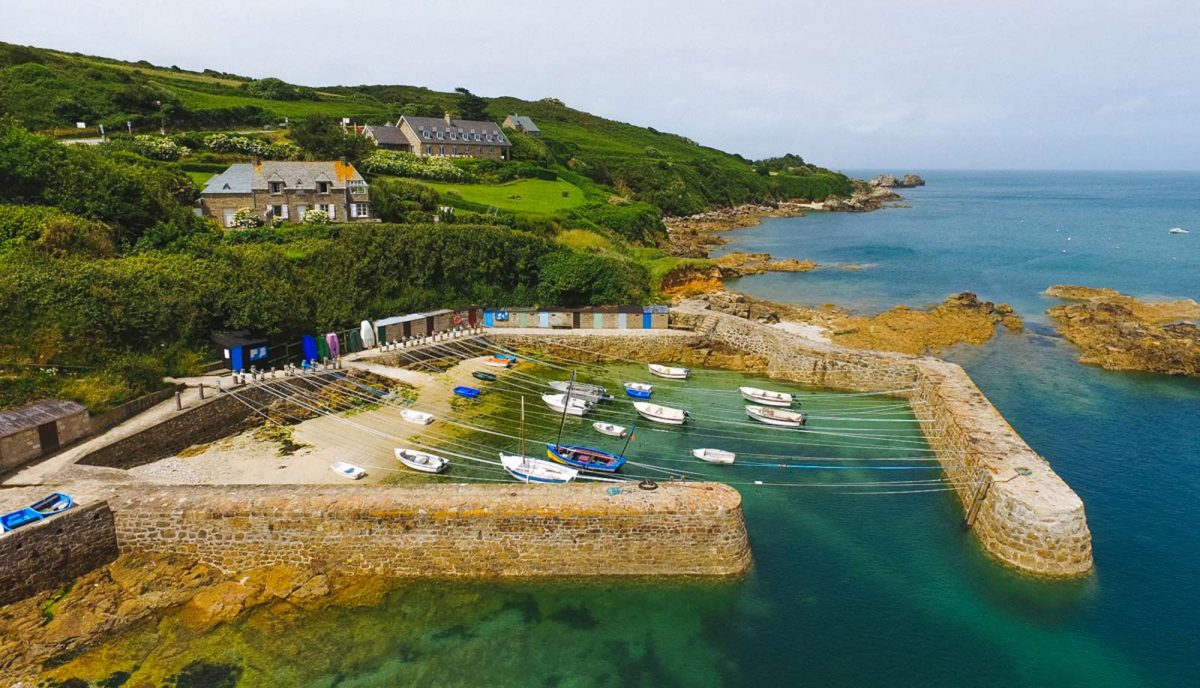 Saint-germain-des-vaux, Port Racine dans le Cotentin - Plus petit port de France