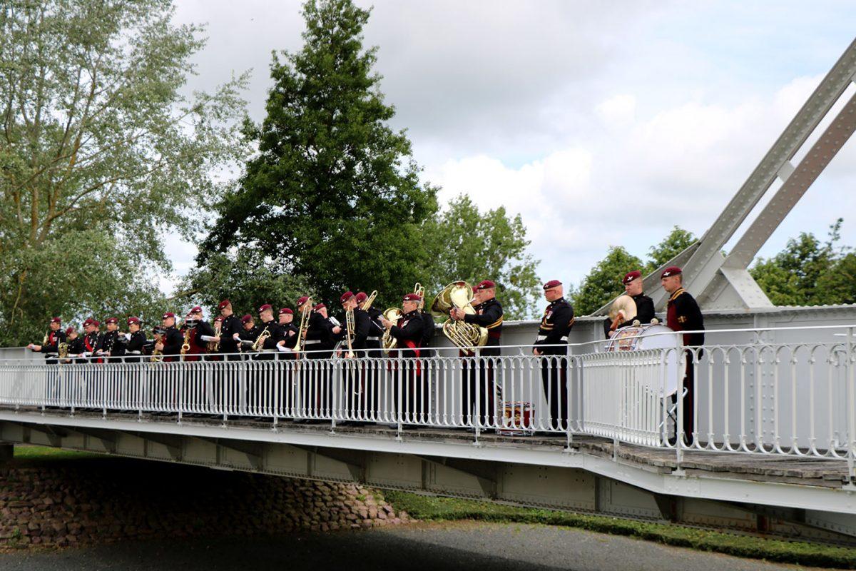 Cérémonie au musée Pegasus Bridge à Bénouville - D-Day