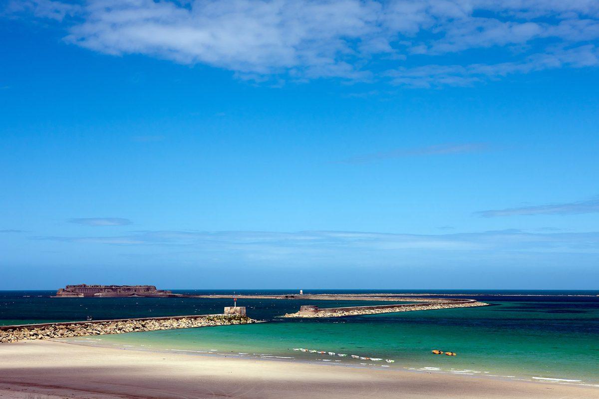 La plage à Cherbourg