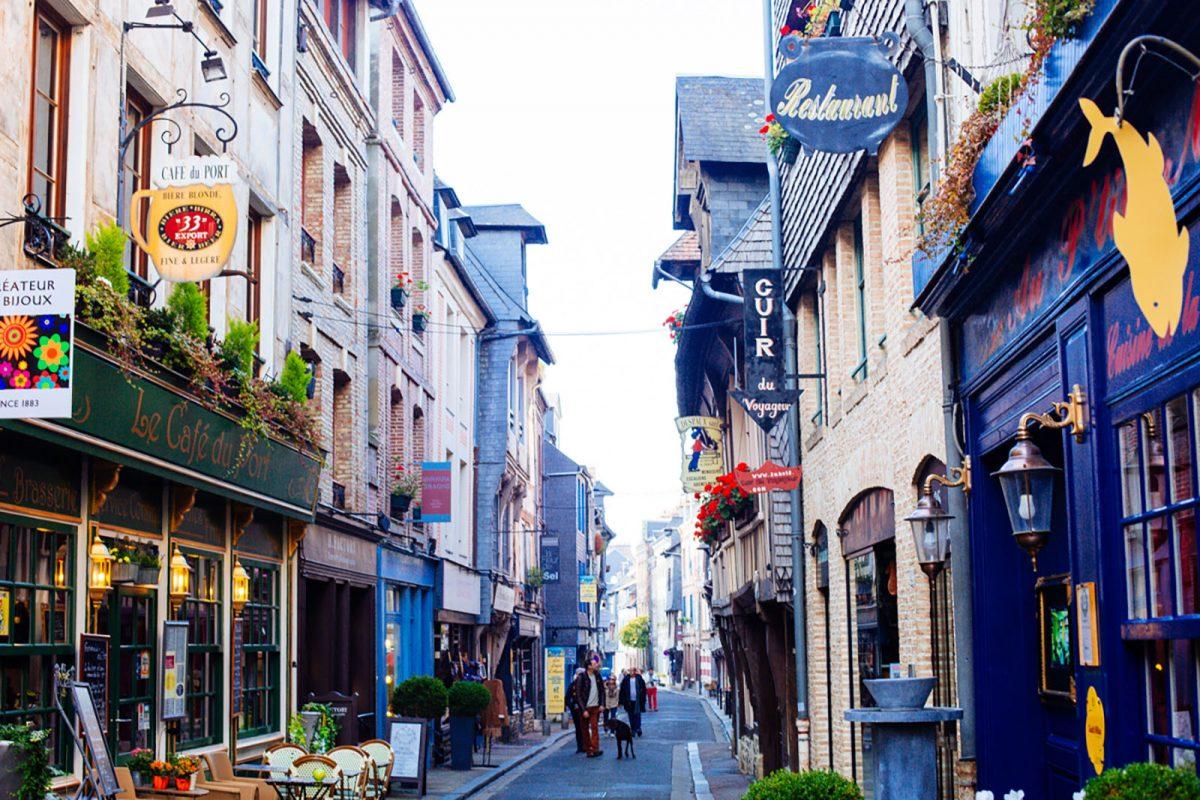 rue du centre-ville d'Honfleur