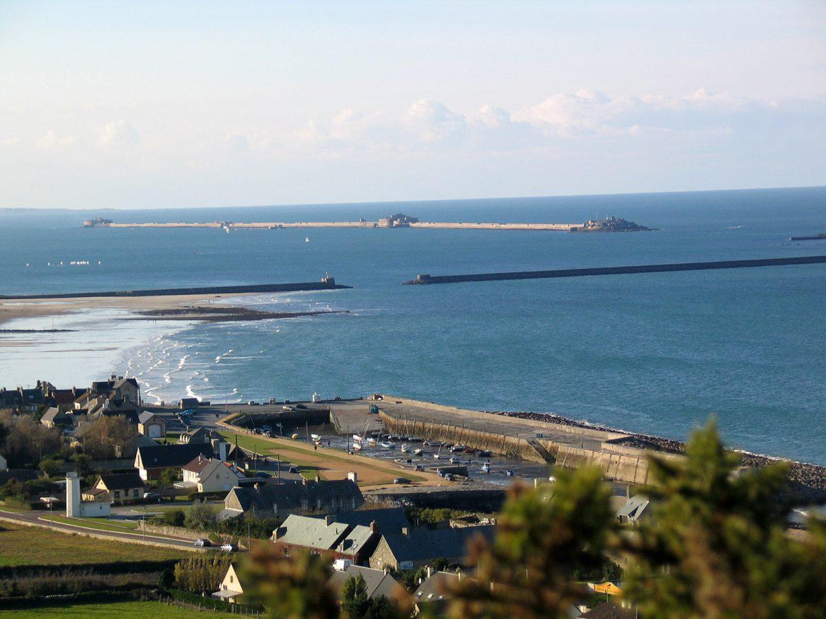 Le becquet rade à Cherbourg