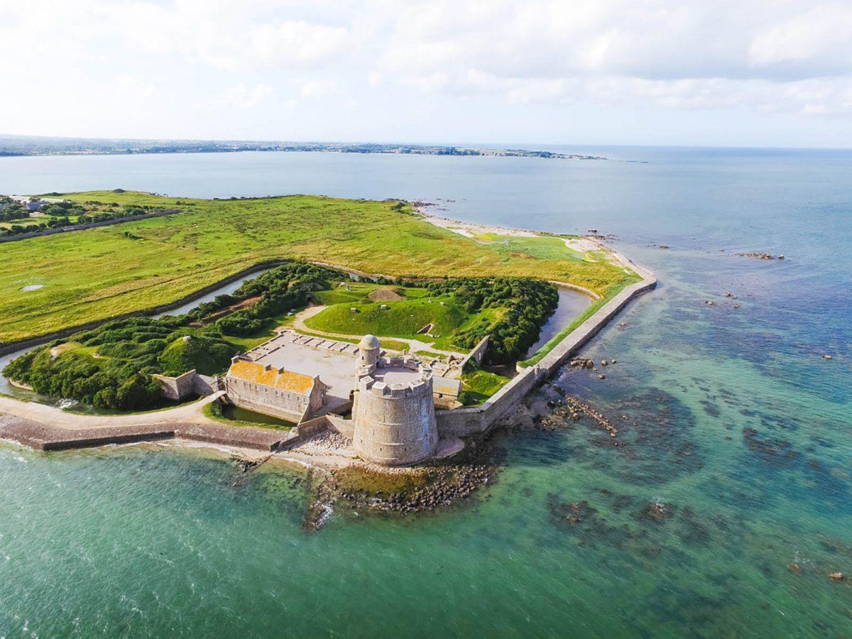 La tour Vauban sur l'île Tatihou