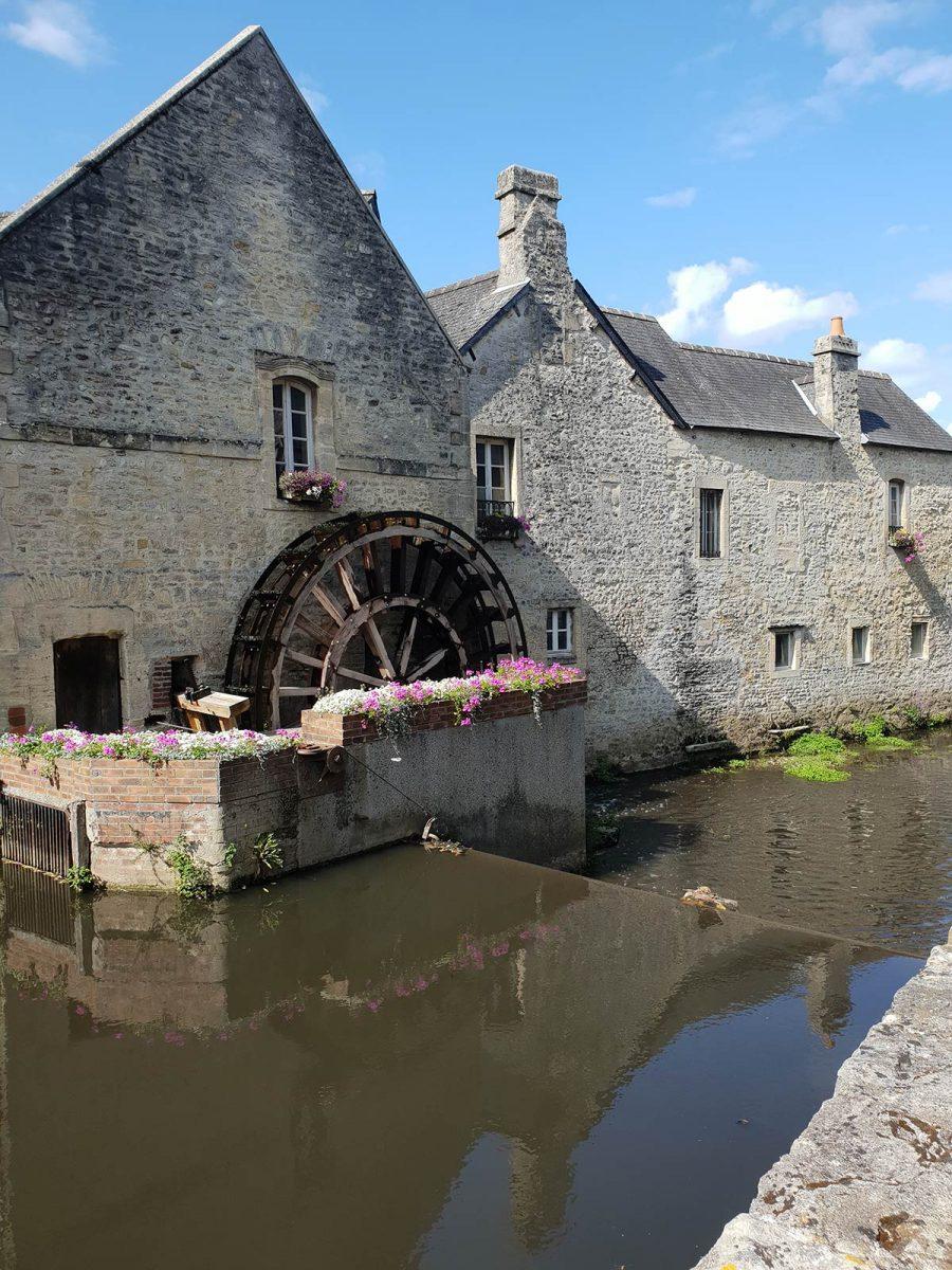 Roue du vieux moulin à Bayeux