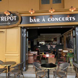 Façade de la brasserie l'Entrepôt à Dieppe