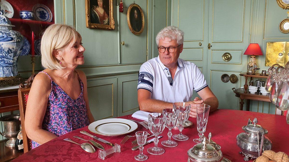 """Participants à l'atelier """" Les arts de la table"""" avec Inaki au Château de Chantore"""
