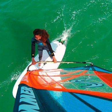 S'initier au windsurf au Cap de la Hague