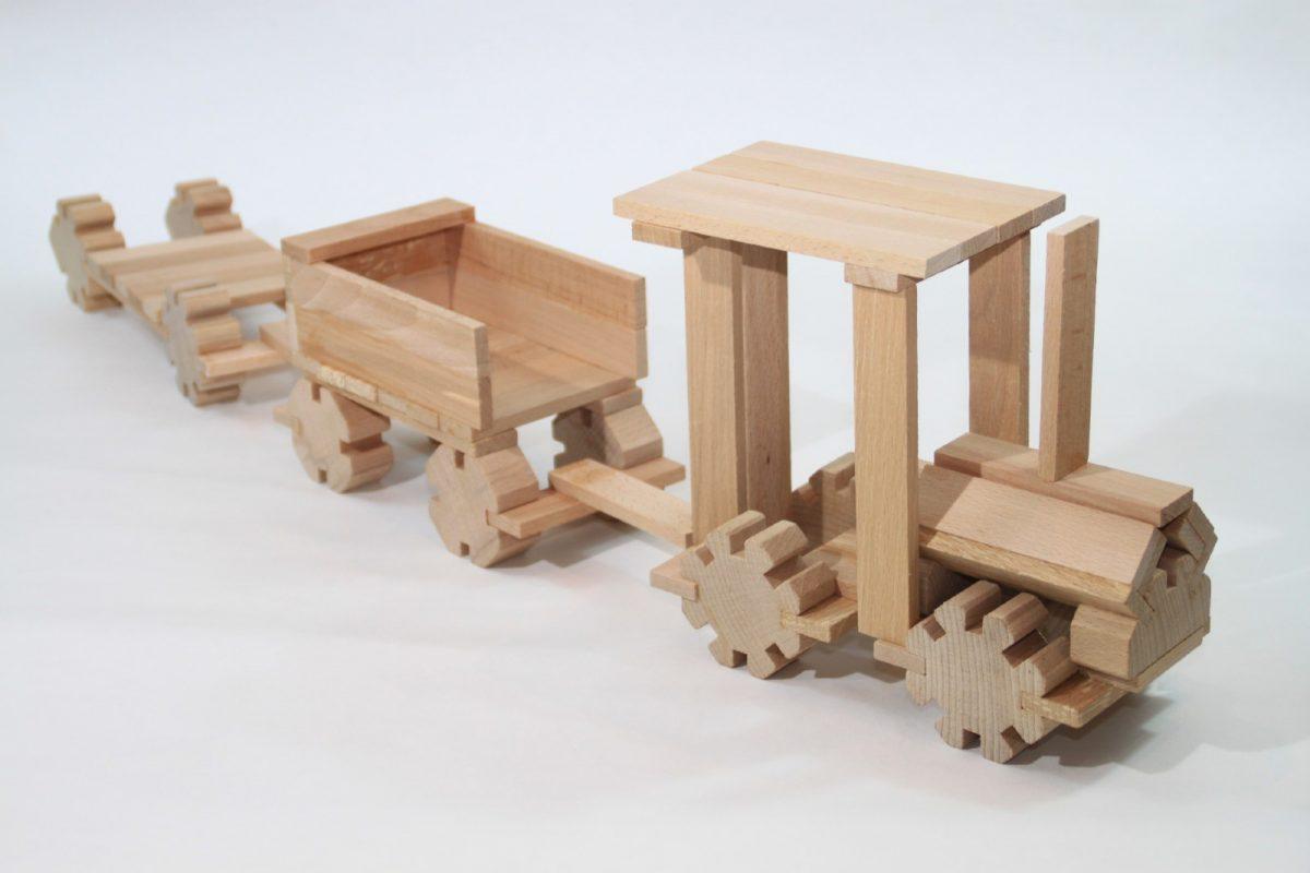 Petite train en bois