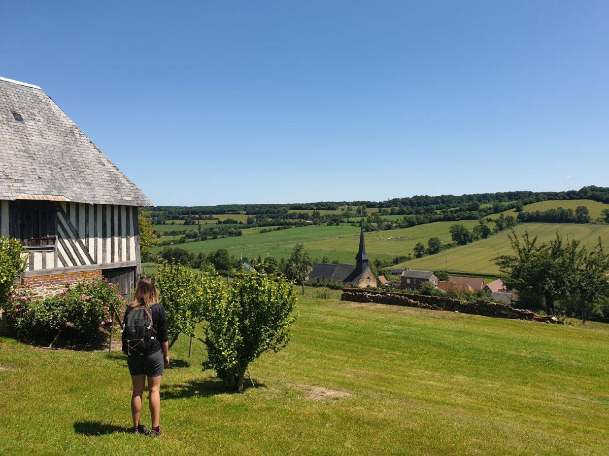 Vue sur le village de Camembert