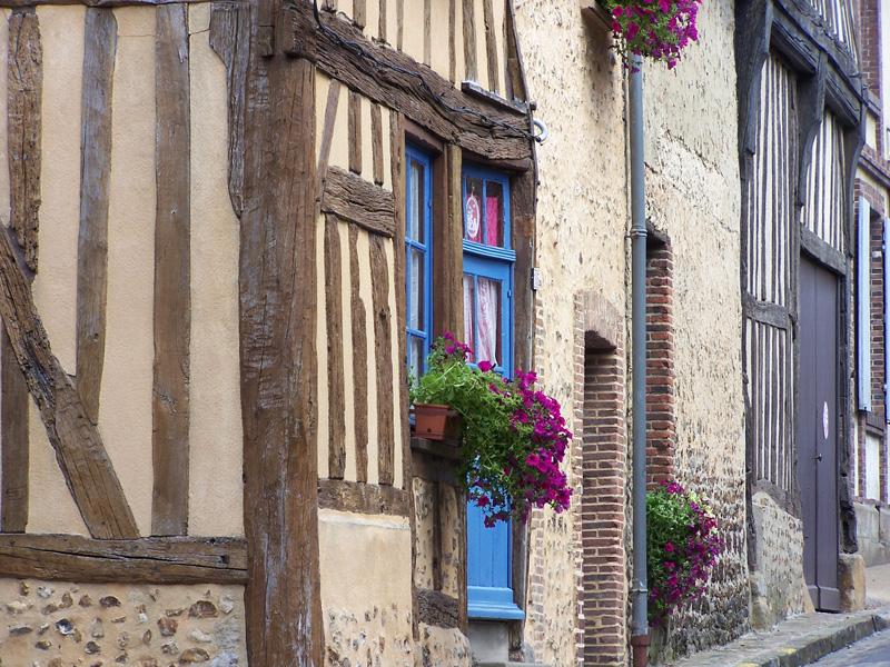 Dans les rues de Verneuil-sur-Avre