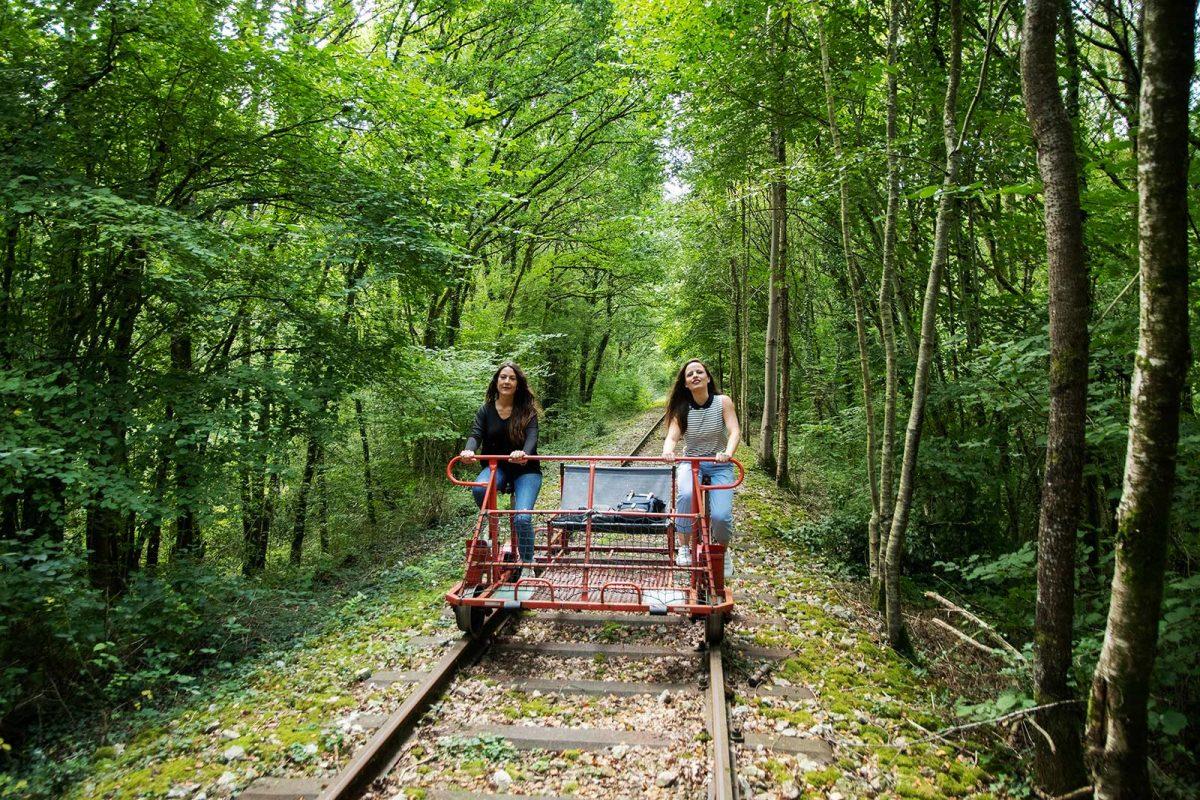 Vélo-rail dans la forêt des Andaines